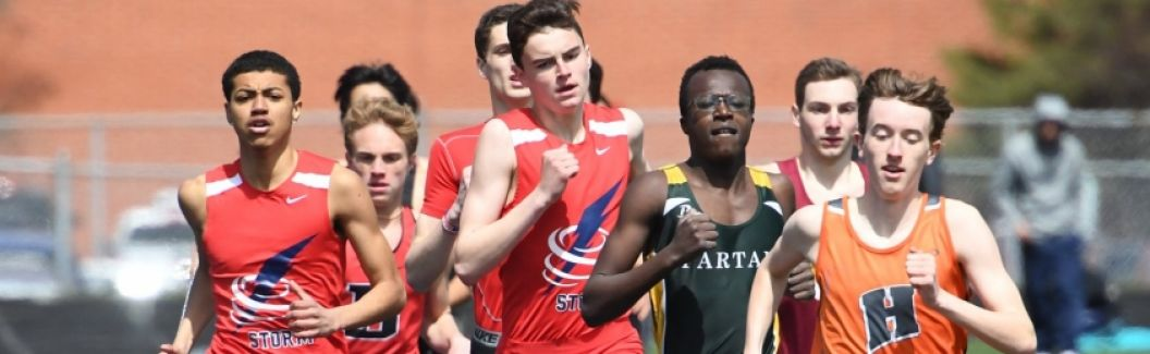 Ryan Harvey and Elijah Patrick running to a DOUBLE SCORE in the 800!